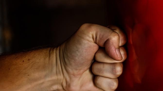 """От фенклуба на """"Локомотив Пловдив"""" с подробности за масовия бой със замесен полицай"""