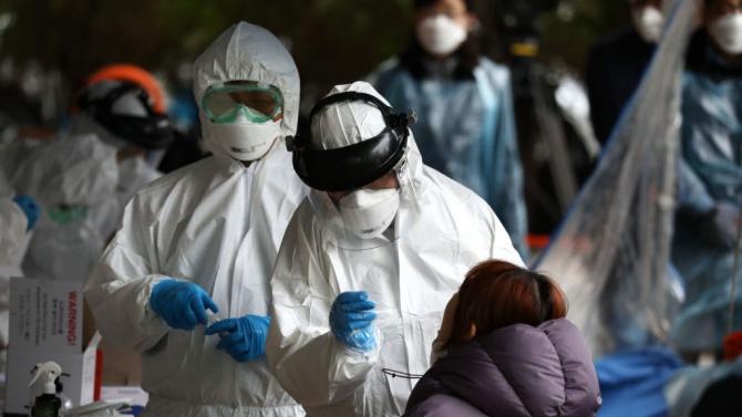 Рязко скочи броят на заразените с коронавирус в Южна Корея