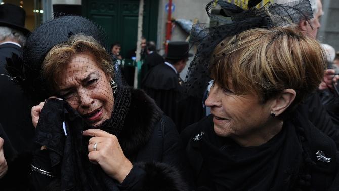 Десетдневен траур за починалите от COVID-19 започна в Испания