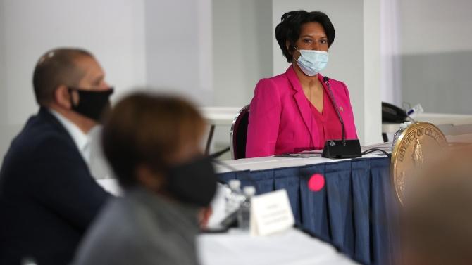 Вашингтон започва първа фаза от смекчаването на мерките срещу коронавируса