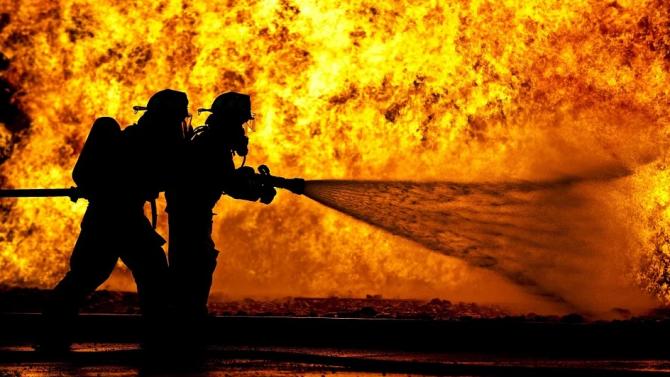 Огнеборци и военнослужещи са готови за борба с пожарите през летния сезон