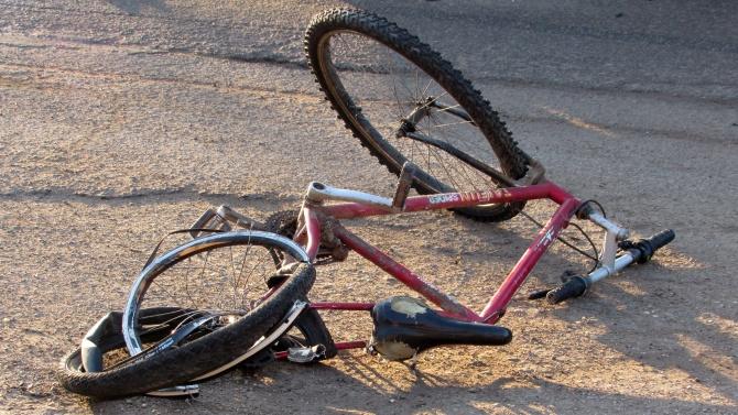 Колоездач е пострадал при пътнотранспортно произшествие в гр. Радомир. Това