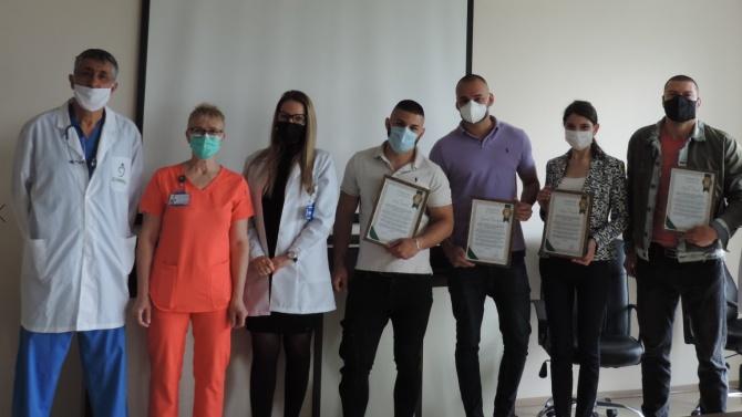"""Част от доброволците в медицински комплекс """"Софиямед"""" днес напуснаха своите"""