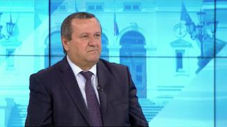 Хасан Адемов: Кризата с коронавируса показа нагледно недостига на медицински специалисти