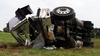 Български шофьор на ТИР загина при жестока катастрофа в Италия