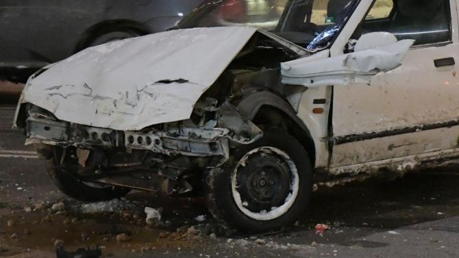 19-годишен катастрофира с краден автомобил. Това съобщиха от ОДМВР-Велико Търново.