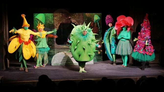 Държавен куклен театър – Варна, отвори врати на Деня на