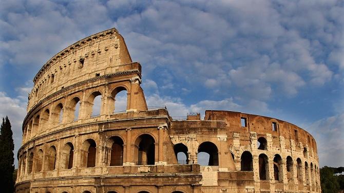 Колизеумътв Рим може да бъде посетен отново, след като беше