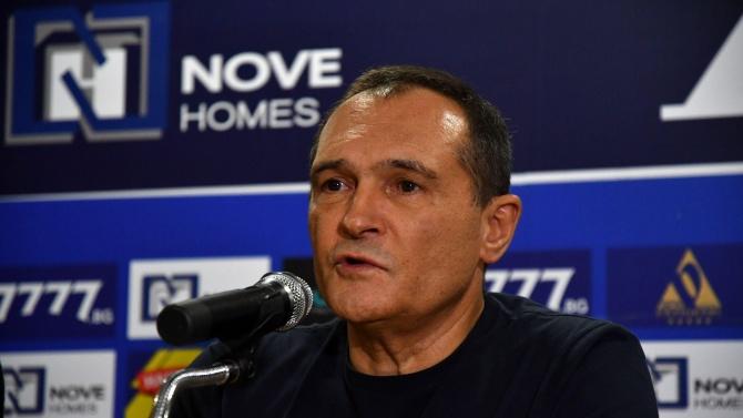 """Изпълнителният директор на """"Национална лотария""""Димитър Ганев отрича компанията да е"""