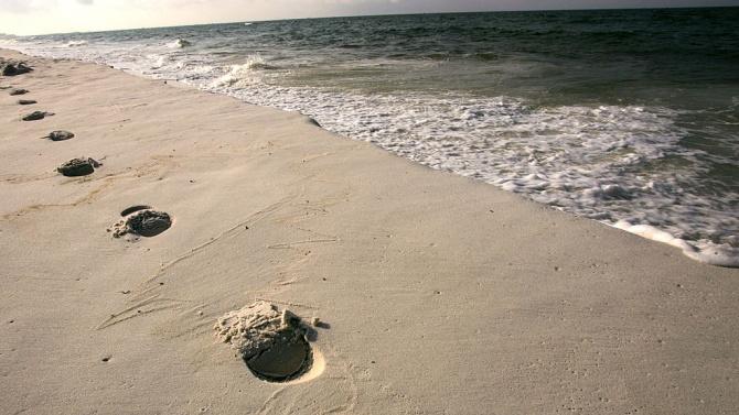 Младо момиче се е удавило в морето на плажа в