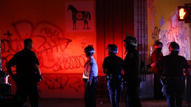 В САЩ има повече от 30 български полицаи, които работят