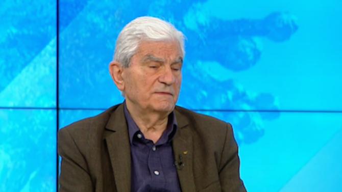 Акад. Петрунов: Изграждането на колективен имунитет става трудно