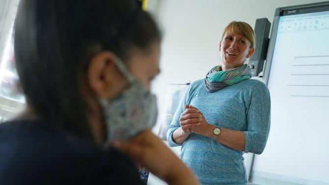 Отпадат задължителните маски в австрийските училища