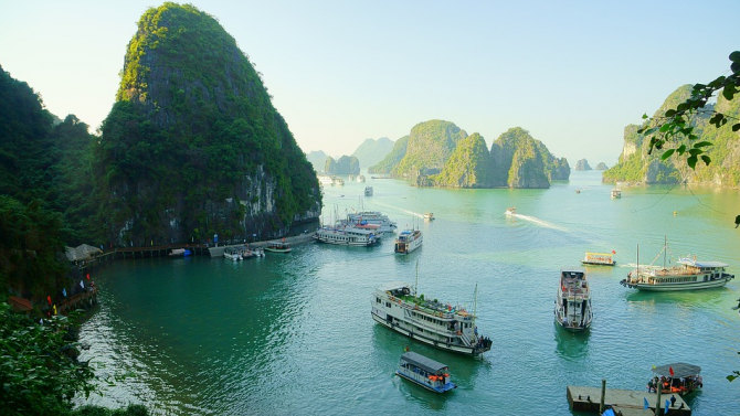 Видео на Леонардо ди Каприо за залив във Виетнам е гледано над 1 милион пъти