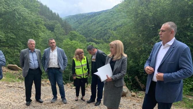 Започва укрепването на свлачищата по пътя за Рилския манастир