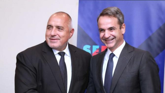 Борисов и Мицотакис обсъдиха ограниченията за влизащите в България и Гърция