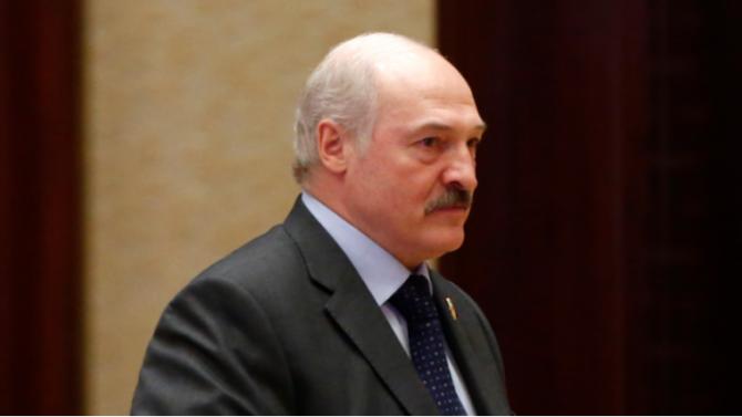 Беларуският президент Александър Лукашенко уволни днес правителството, съобщи Ройтерс, цитирайки