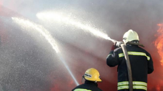 Взрив е избухнал в завод край Пазарджик тази нощ, съобщава