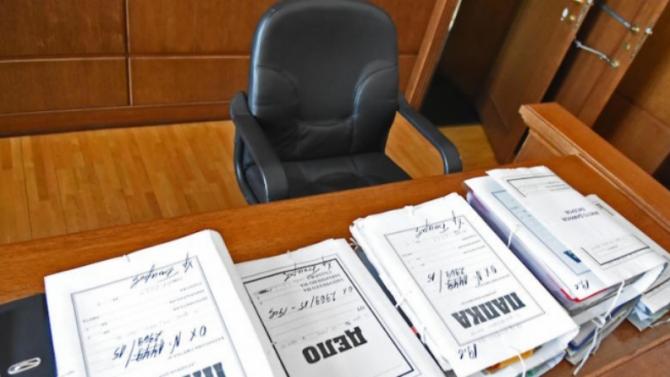 Отложиха делото срещу петимата полицаи, осъдени за смъртта на Ангел