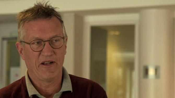 Главният епидемиолог на Швеция Андерс Тегнел призна в интервю за