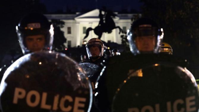 Смъртта на Джордж Флойд провокира невиждани по своя мащаб протести