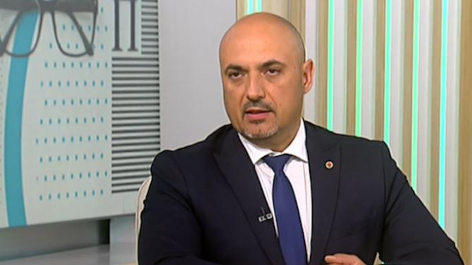 Депутат от ВМРО: Партийните субсидии трябва да идват от държавата, а не от бизнеса