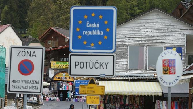 Чехия ще отмени утре ограниченията за пътуване от и до
