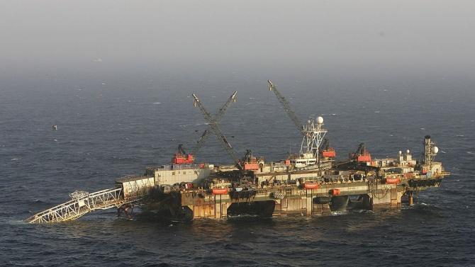 Турски кораб започва сондажи за нефт в Черно море