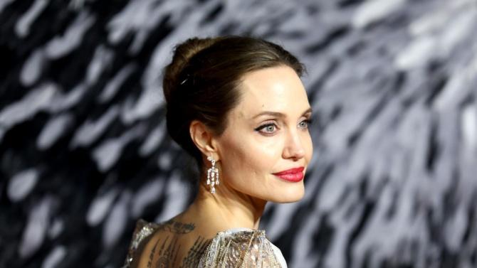 Американската актриса Анджелина Джоли Анджелина Джоли Войт е американска актриса