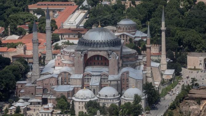 """Храмът """"Света София"""" в Истанбул става джамия?"""