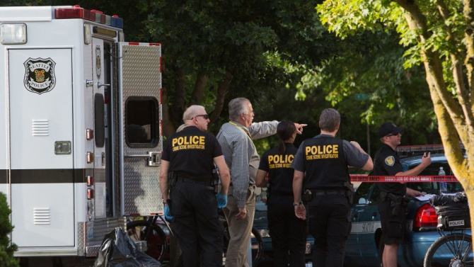 Среднощна стрелба в Алабама остави седем трупа