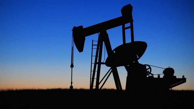 Световните запаси от петрол през първото полугодие на 2020-а са