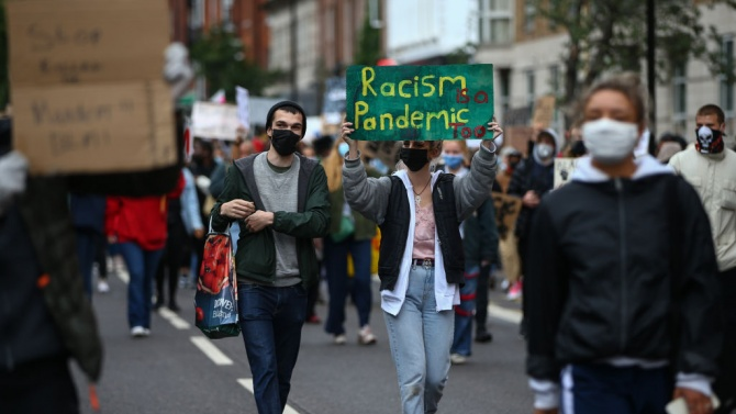 Протести в редица френски градове срещу расизма