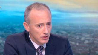 Министър Вълчев успокои за матурите: Училищата са възможно най-безопасните места