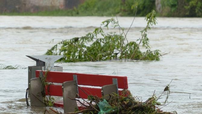 Наводнения в Източна Чехия взеха най - малко една жертва