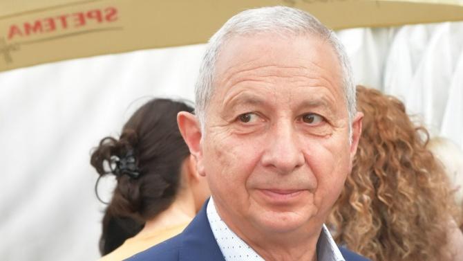 Новите искания на Валери Симеонов за хазарта били на ръба на закона