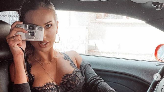 Алекс Петканова вдигна луд скандал на мъжа си