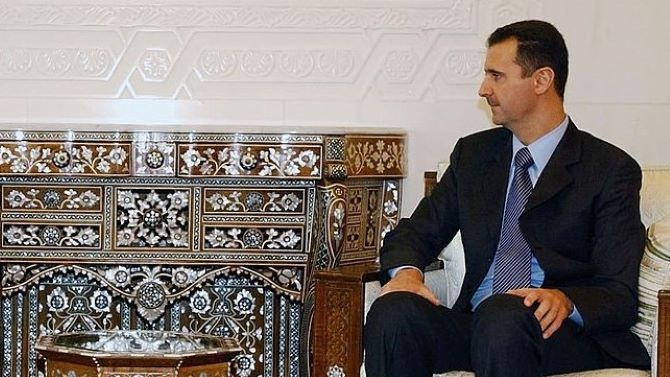 Сирийският президент Башар Асад уволни премиера