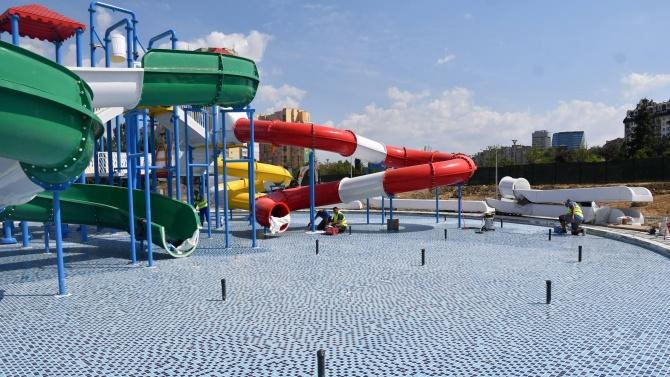 Първият аквапарк в София ще заработи най-късно до края на