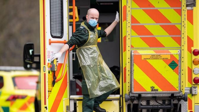 Според преброяване на Ройтерс починалите от COVID-19 във Великобритания са повече от официално съобщените