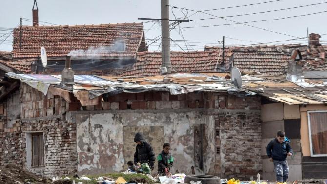 Събориха 11 бараки в Шекер и Арман махала в Пловдив