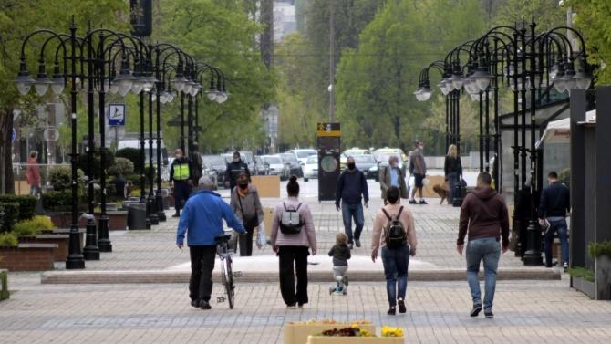 Средната продължителност на живота в България от 1980 г. насам