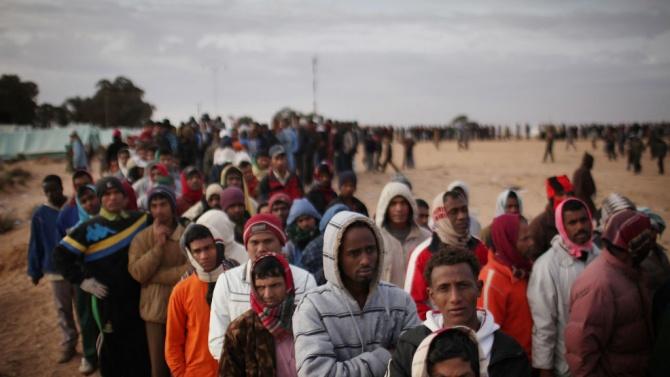 Бежанците, кандидатите за убежище и вътрешно разселените хора, съставляват над