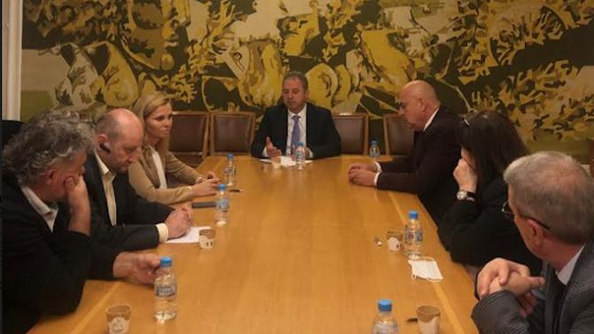 Депутати от НФСБ обсъдиха с експерти мерки, свързани с борбата срещу дрогираните шофьори