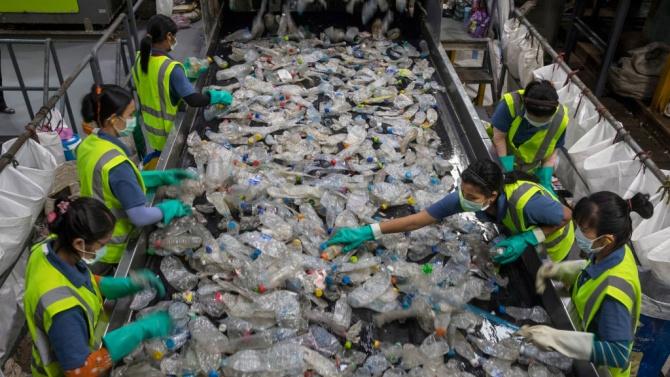 Бум на пластмасовите отпадъци в Тайланд заради пандемията