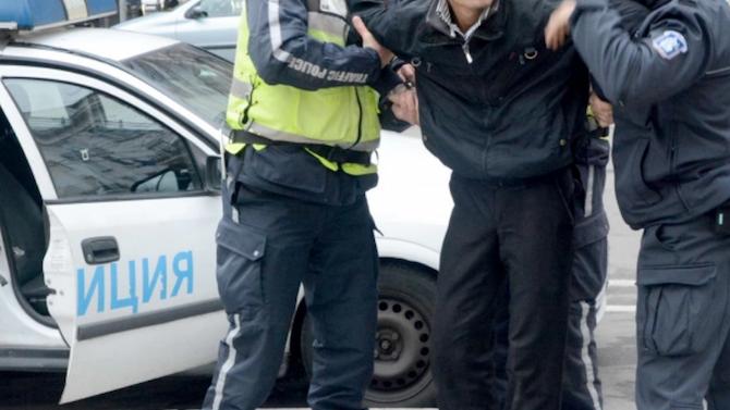 Задържаха за срок до 72 часа дрогиран шофьор