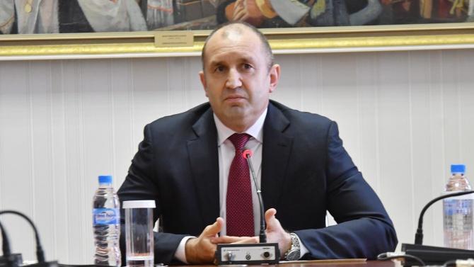 Първи коментар от президентството за скандала с Бобокови