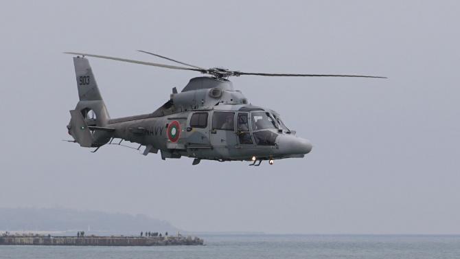 """Корвета """"Решителни"""" и вертолет AS 565 MB """"Panther"""" от състава"""