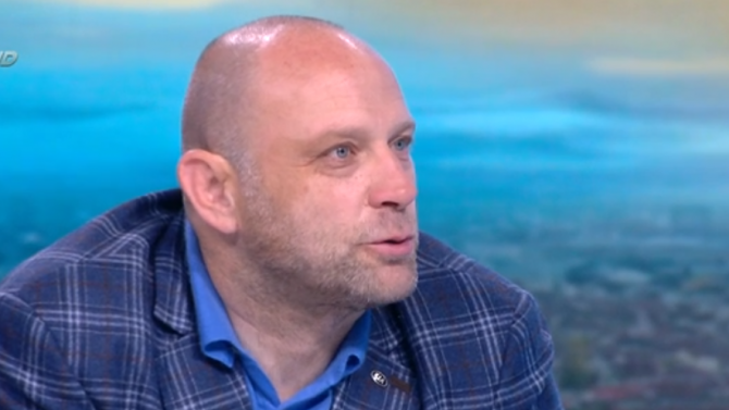 Тити Папазов след грубото си нарушение на пътя: Голям резил