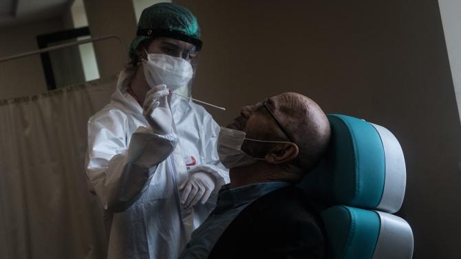 Рекорден брой нови заразени за едно денонощие са били регистрирани
